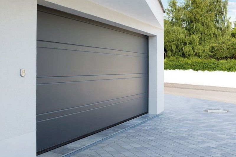 dvižna garažna vrata 1